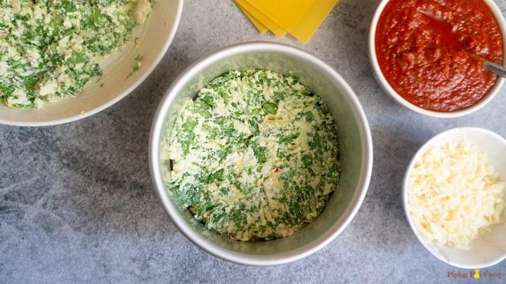 Spinach Artichoke Lasagna - Instant Pot 2. Layer mix