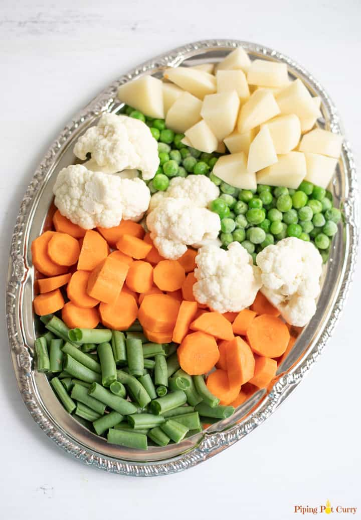 A verity of vegetables on a platter